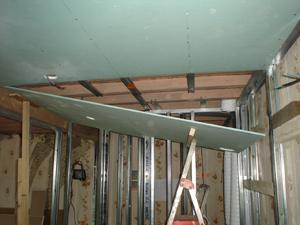 Awesome Groene Gipsplaten Plafond Badkamer Pictures - House Design ...